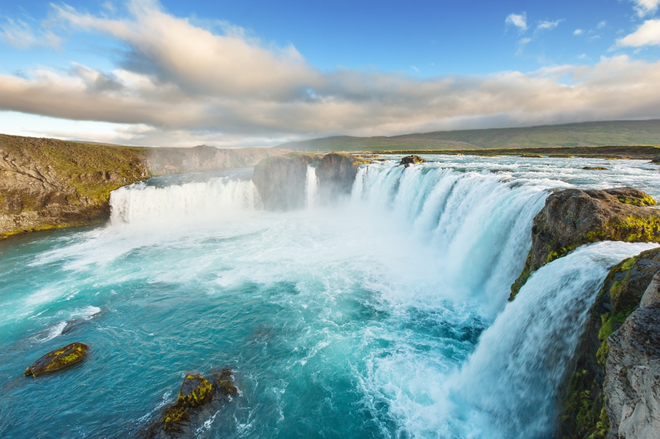 Iceland Waterfalls:Goðafoss Waterfall - Waterfall of the gods